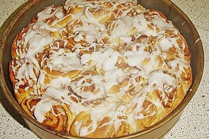 Zimtrollen-Kuchen 112