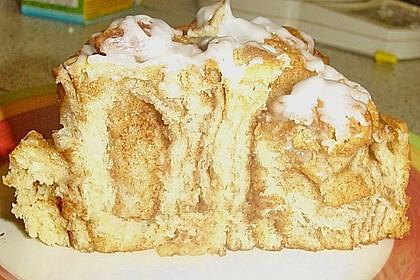 Zimtrollen-Kuchen 244