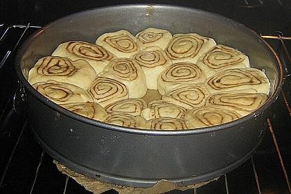 Zimtrollen-Kuchen 270