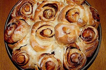 Zimtrollen-Kuchen 181