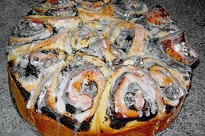 Zimtrollen-Kuchen 180