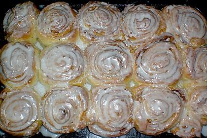 Zimtrollen-Kuchen 152