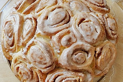 Zimtrollen-Kuchen 225
