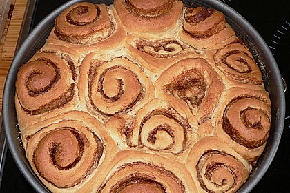 Zimtrollen-Kuchen 120