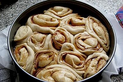 Zimtrollen-Kuchen 273