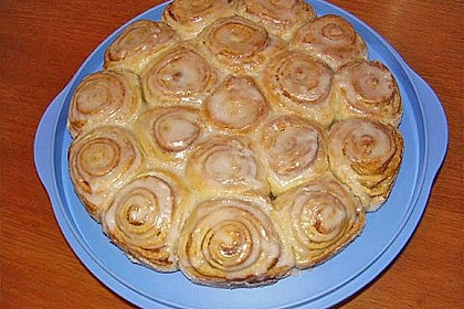 Zimtrollen-Kuchen 292