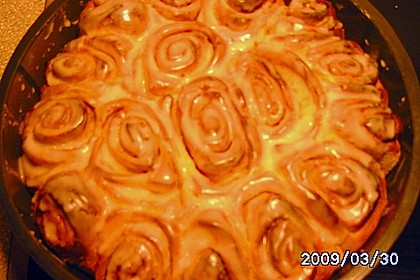 Zimtrollen-Kuchen 311