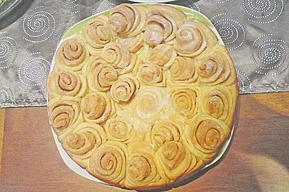 Zimtrollen-Kuchen 255