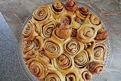 Zimtrollen-Kuchen 38
