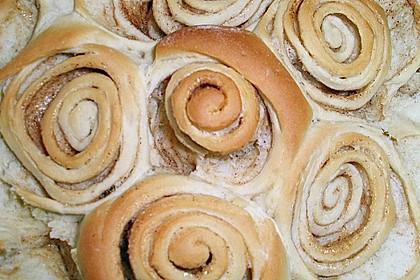 Zimtrollen-Kuchen 352