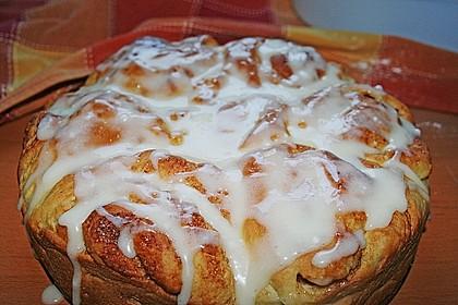 Zimtrollen-Kuchen 136