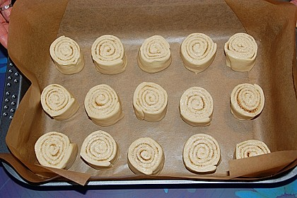Zimtrollen-Kuchen 338