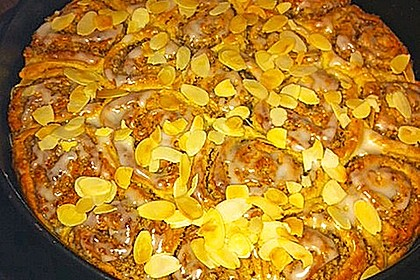 Zimtrollen-Kuchen 339
