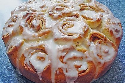 Zimtrollen-Kuchen 161