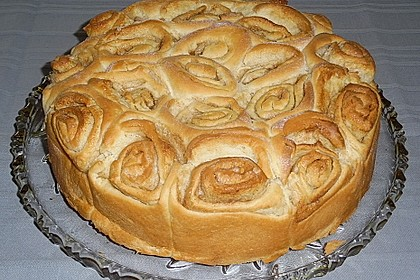 Zimtrollen-Kuchen 88