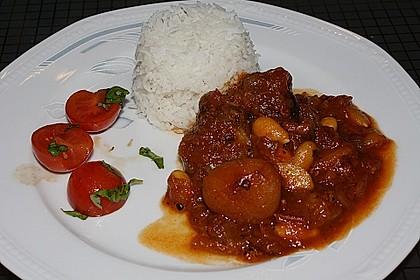 Babooti mit Lamm und Aprikosen