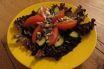 Salat mit Kernen