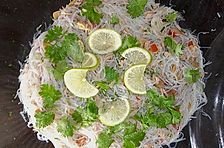 Thailändischer Glasnudelsalat mit Thunfisch