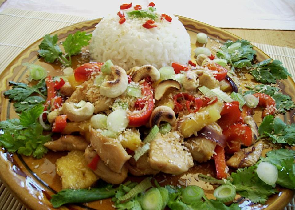 Vietnamesische Küche Rezepte | Huhn Mit Ananas Und Cashewnussen Aus Vietnam Von Feuervogel