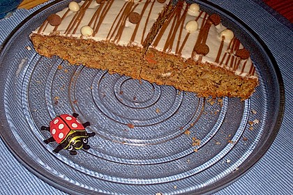 Alina´s Carrot Cake mit Butter Cream Cheese Frosting 3