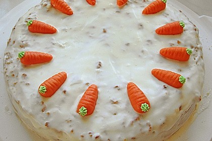 Alina´s Carrot Cake mit Butter Cream Cheese Frosting 5