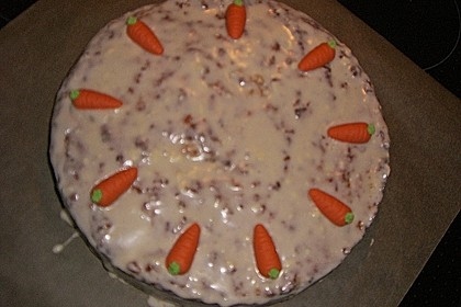 Alina´s Carrot Cake mit Butter Cream Cheese Frosting 20