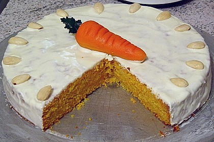 Alina´s Carrot Cake mit Butter Cream Cheese Frosting 6