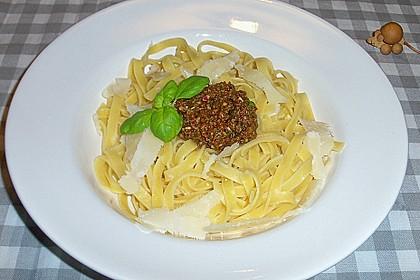 Tomaten - Basilikum - Pesto 1