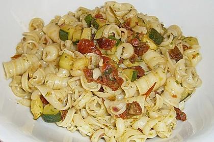 Italienischer Nudelsalat 16