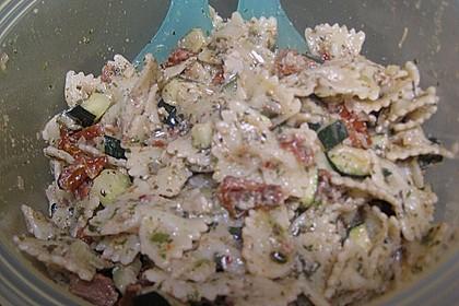 Italienischer Nudelsalat 65
