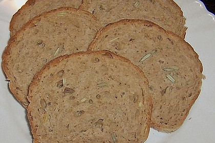 Steirisches Kürbiskern-Brot mit Kürbiskernöl 43