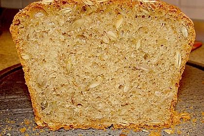 Steirisches Kürbiskern-Brot mit Kürbiskernöl 19