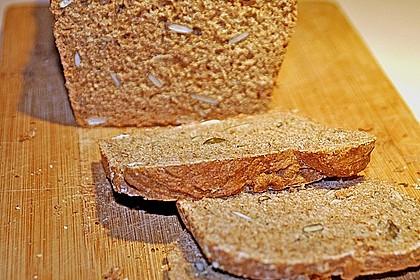Steirisches Kürbiskern-Brot mit Kürbiskernöl 31