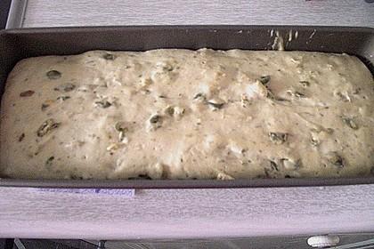 Steirisches Kürbiskern-Brot mit Kürbiskernöl 82