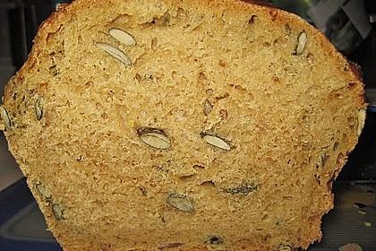 Steirisches Kürbiskern-Brot mit Kürbiskernöl 21