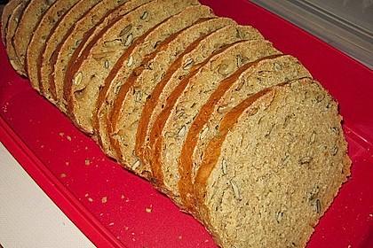 Steirisches Kürbiskern-Brot mit Kürbiskernöl 27