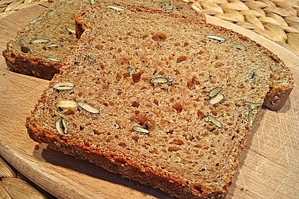 Steirisches Kürbiskern-Brot mit Kürbiskernöl 22