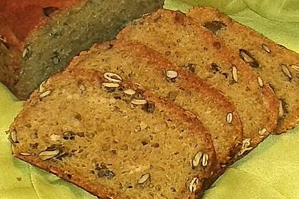 Steirisches Kürbiskern-Brot mit Kürbiskernöl 53