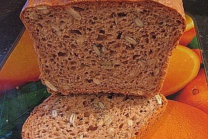 Steirisches Kürbiskern-Brot mit Kürbiskernöl 30
