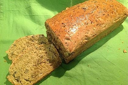 Steirisches Kürbiskern-Brot mit Kürbiskernöl 7