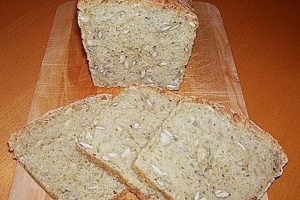 Steirisches Kürbiskern-Brot mit Kürbiskernöl 40