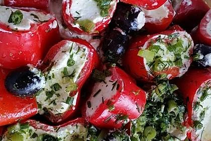 Antipasti - mit Frischkäse gefüllte Paprika 13