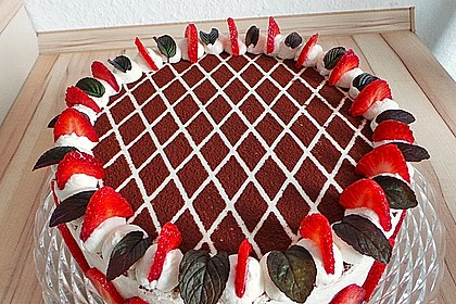Himbeer - Schachbrett - Torte 1