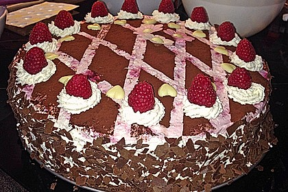 Himbeer - Schachbrett - Torte 35