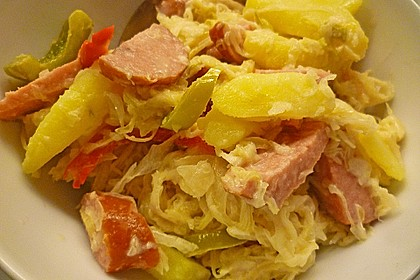 Sauerkraut - Paprika - Pfanne mit Cabanossi 1