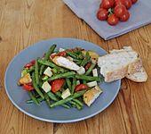 Salat mit grünen Bohnen und Hähnchen
