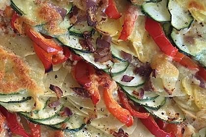 Zucchini - Paprika - Kartoffel - Auflauf 9