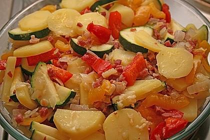 Zucchini - Paprika - Kartoffel - Auflauf 11