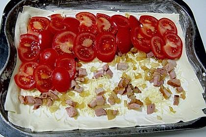Blätterteig mit Tomaten und Käse 3