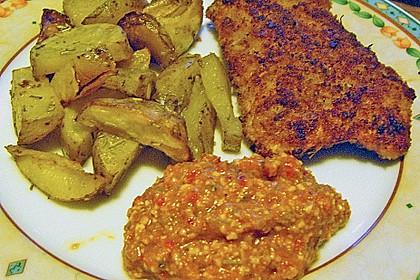 Schnitzel mit einer Parmesan - Thymian - Panade mit Rosmarinkartoffeln 15